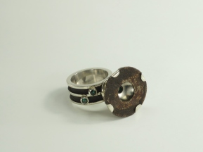 Spilt - ring